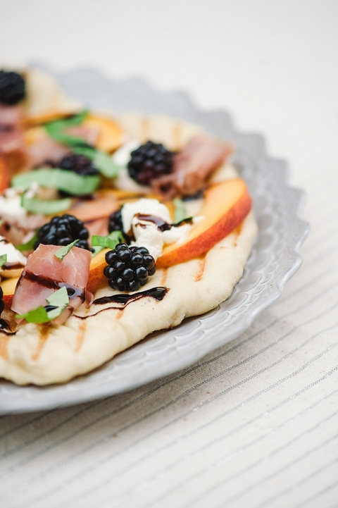 Peach blackberry and goat cheese grilled flatbread pizza-9