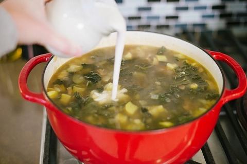zuppa toscana -- graceandsalt.net-3