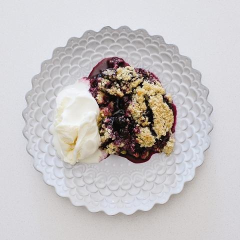 blueberry crisp-5